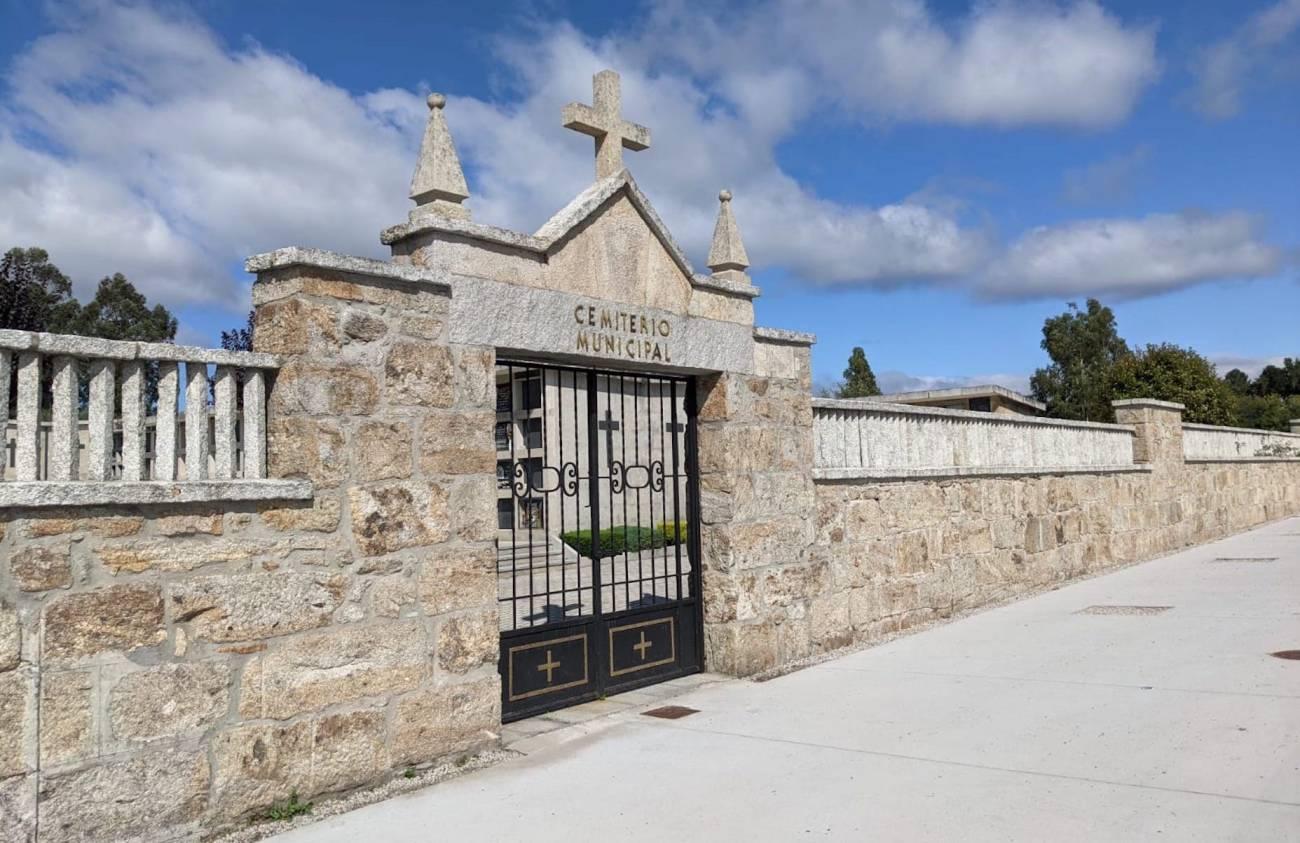 Esquelas.es   El Ayuntamiento de La Cañiza subastará la concesión de 76 nichos del cementerio municipal