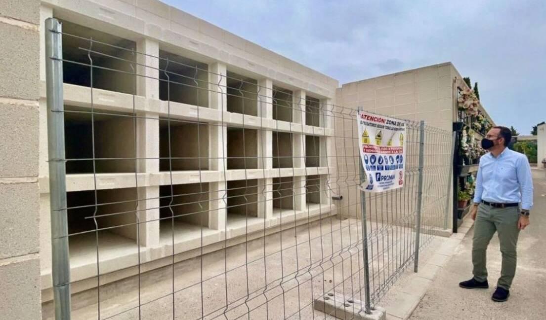 Esquelas.es   El Ayuntamiento construye 105 nuevos nichos en el Cementerio Nuevo